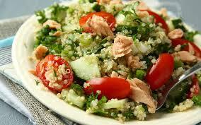 ton balıklı kinoa salatası tarifi
